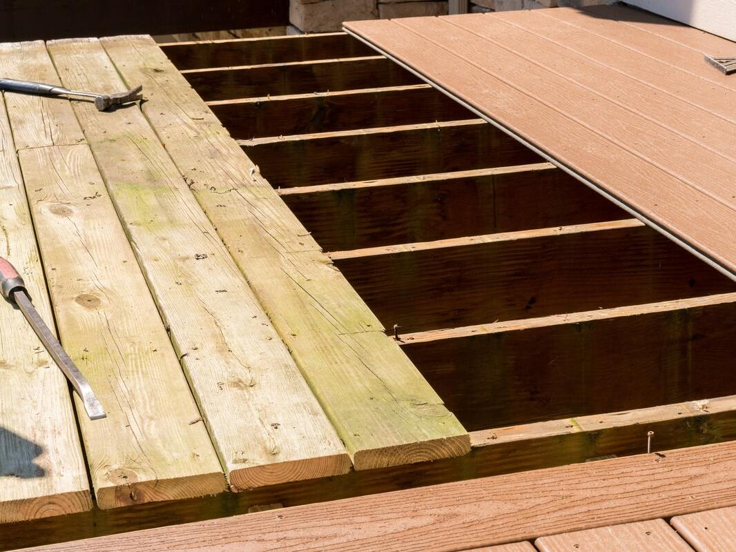 Hire Deck Builders Troy, MI